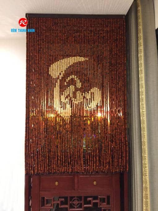 Mành thờ hạt gỗ Hương chữ TÂM thư pháp