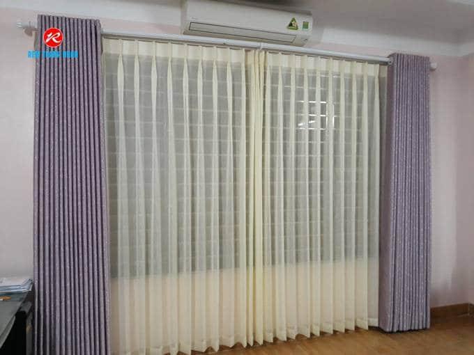 Chất liệu vải Lụa tổng hợp polyester