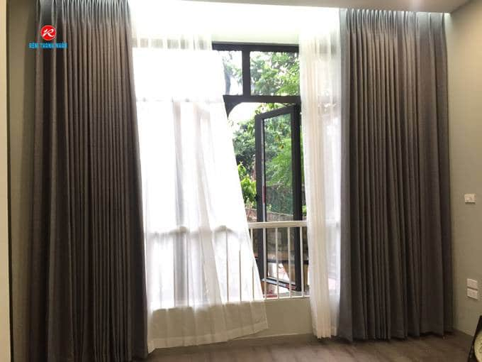 Rèm cửa sổ phòng ngủ vợ chồng