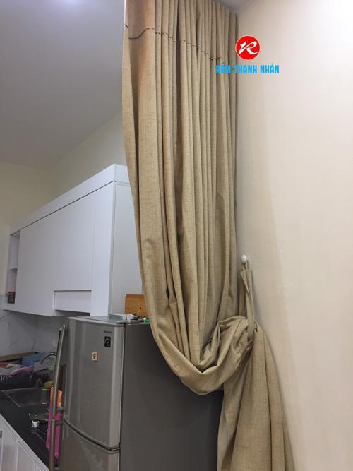 Rèm vải ngăn lạnh điều hòa vén gọn